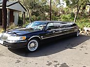 Black Limousine Hire Melbourne | Stretch Town Car | Davine Limousines