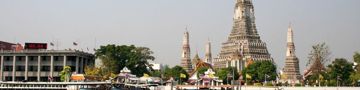 Headline for Top 5 Reasons to Visit Bangkok – The Attractions of an Enthralling City