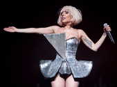 Blonde Bob Lady Gaga: She Admits She Was Bankrupt During 2009 Monster Ball Tour