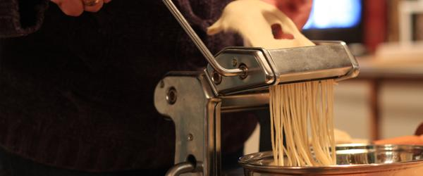 Headline for Top Home Pasta Maker Machines - Best Pasta Maker Reviews 2014