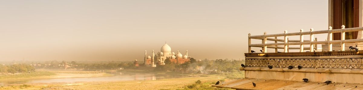 Headline for 5 Tips for First Time Travellers to India – How to navigate India
