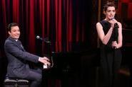 Jimmy Fallon and Anne Hathaway sing Hip Hop songs