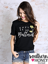 Express Yourself With a Trendy Graphic Tees