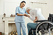 Signs Your Loved One Needs an In-Home Caregiver