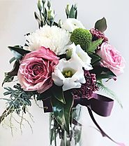 Berries & Cream Vase arrangement – Floret Boutique