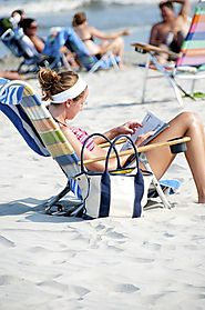 Lounge Beach Chairs With Face And Arm Holes – Georgy H. – Medium