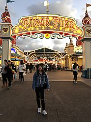 "Lee Tsai Chieh on Twitter: ""Went to #Disneyland on Presidents'Day! Love the weather in #California and love the food ..."