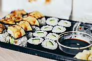 How to make sushi #Tuna #sushi #salmon · Food lover's