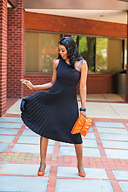 Love a Chic One-Shoulder Summer Dress
