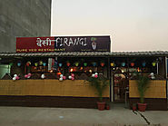 What are some important things that you need to consider when visiting a family restaurant in Jaipur?
