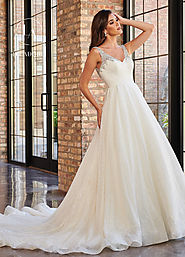 V-Neck Ball Gowns Couture Bridal Dresses in White Color | Style - M714