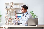 What is an Orthopedists?