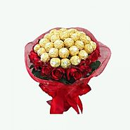 Online Gifts Delivery in Noida From YuvaFlowers
