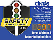 "4"" Stoplight Days Without an Accident Sign with Large Display (36Hx48W)"