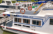 Tips to Cruise on the Best Houseboat Rentals for a Safe and Enjoyable Experience