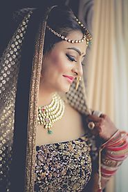 Are you Looking Engagement Makeup for Bride