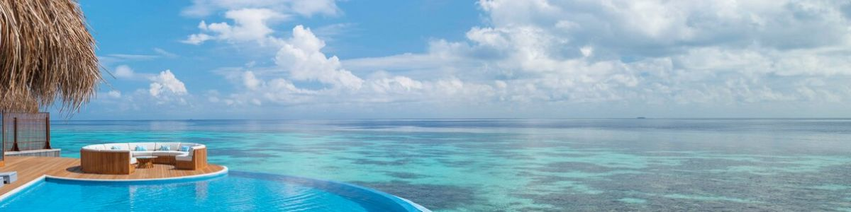 Headline for 10 reasons why the Maldives is the best vacation destination - Explore a picturesque paradise