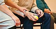 How Adult Day Care Programs Benefit Seniors and Caregivers