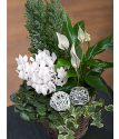 Frosty Flower Basket | Christmas Flower Baskets | Bunches.co.uk