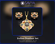 Buy This Square Shaped Italian Pendant Set With Curvy Boundaries