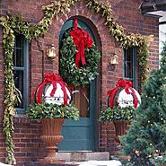 Fantastic Christmas Porch Decorating Ideas For This 25th December