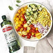 Easy Healthy Recipes: Simple Vegetarian Salads with Extra Virgin Olive Oil