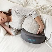 What are the Best Pillows for Pregnant Women? - Piles of Pillows
