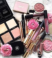 Huda Beauty Cosmetics, Makeup and Products in Pakistan