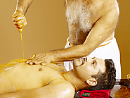 Pizhichil Ayurvedic Oil Massage | Ayur Centre Pte Ltd | Singapore