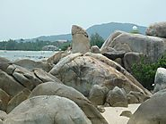 Hin Ta and Hin Yai rocks