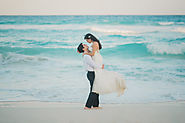 Natural and creative Mexico Destination Wedding Photographer in Cancun , Tulum, Playa del Carmen, Cozumel and all the...