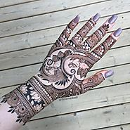 Captivating and Stunning Arabic Mehndi Designs for All Occasions - Sensod - Create. Connect. Brand.