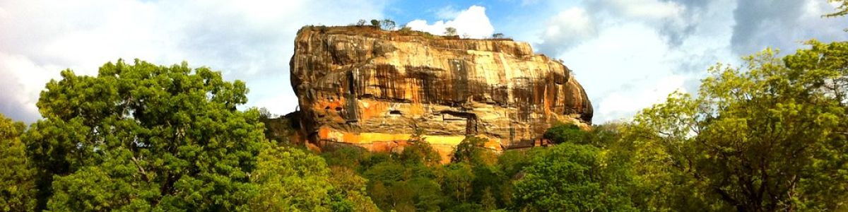 Headline for 10 Most Beautiful Spots in Sri Lanka- Paradise Hopping