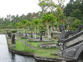 Tirtagangga - Wikipedia, the free encyclopedia