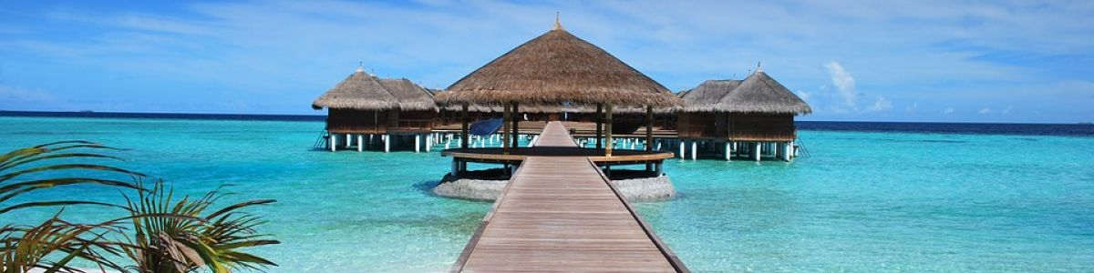 Headline for 8 Things You Need To Know About Visiting The Maldives - Interesting facts to intrigue you!