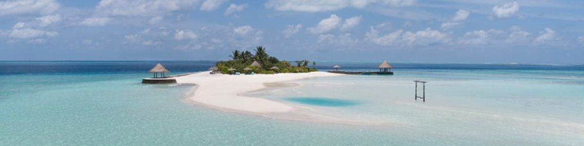 Headline for Must-Do Excursions in the Maldives
