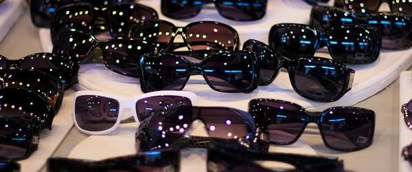 Headline for Discount Brand Name Sunglasses