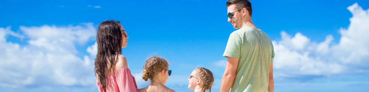 Headline for Tips for a family beach vacation – getting the most out of your time by the coast