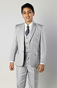 Choosing the right boys formal suits for a special occasion
