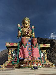 Travel to Ladakh - Ultimate Bucket List Destination
