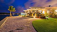 Famous Waterfront Restaurant in the Cayman Islands - Bacaro