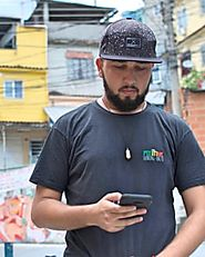 The apps that map violence – and keep Rio residents out of the crossfire | Cities | The Guardian