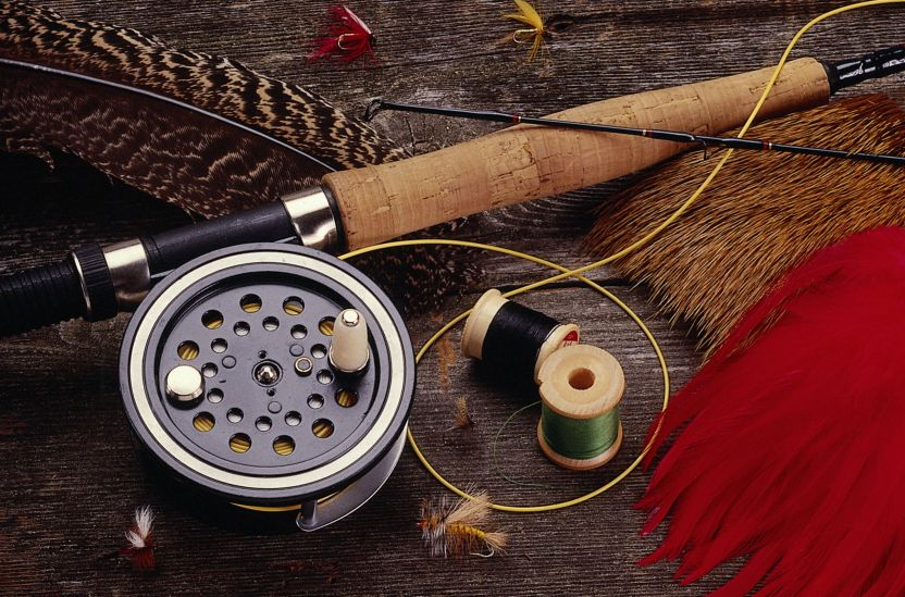 Headline for Best Fly Fishing Rods For Beginners Under 200 in 2020